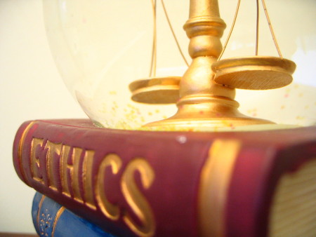 advertising ethics 2 Ethics in attorney advertising & solicitation  rule 72 advertising (a) subject to the requirements of rules 71 and 73, a lawyer may advertise services through .